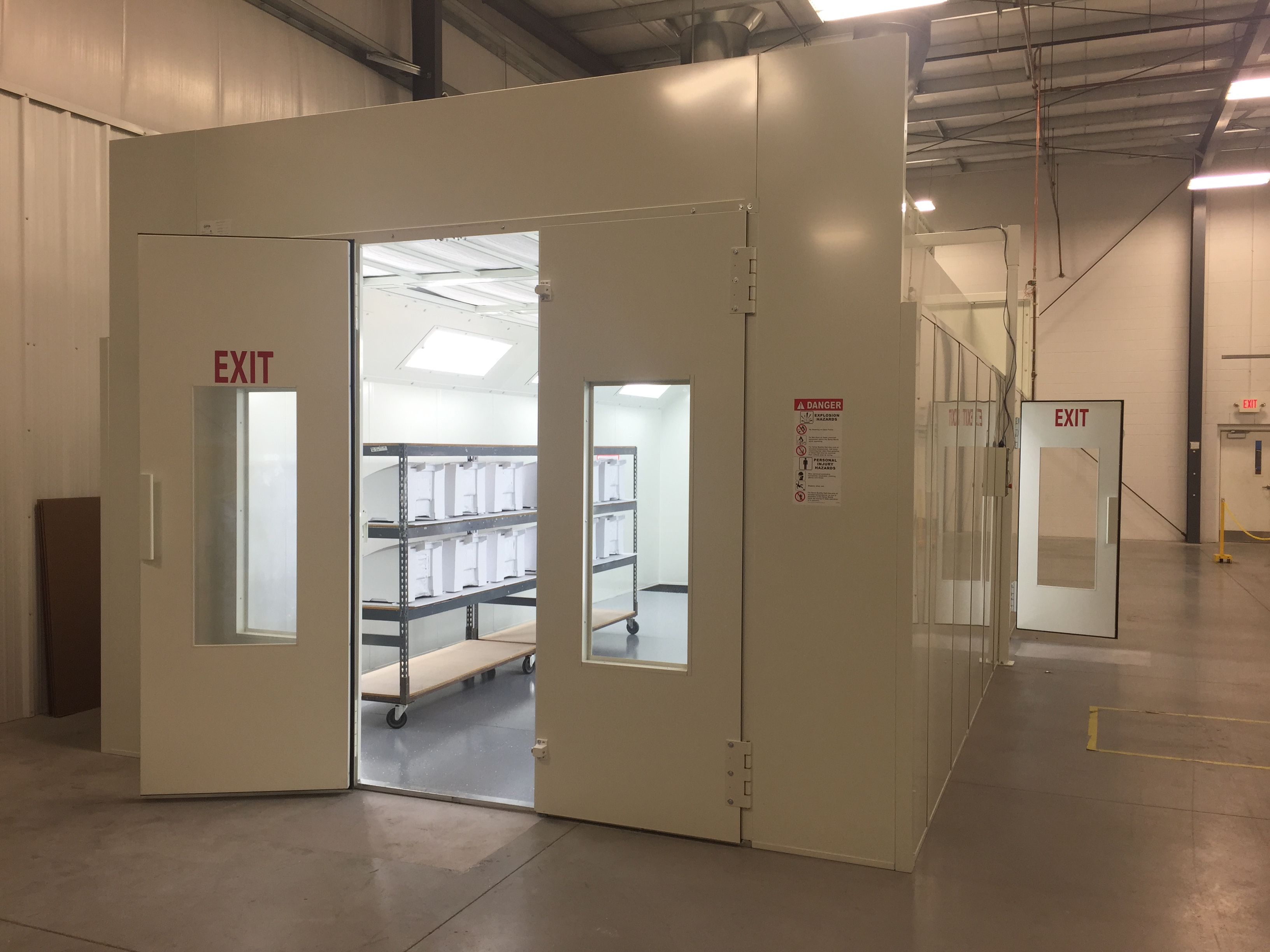 Large Capacity Isolation Booth